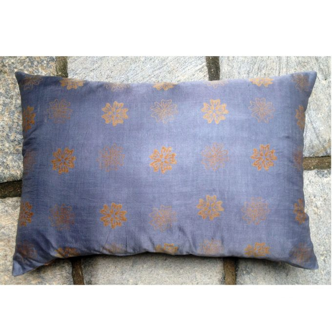 POS Pentagon Flower Silk Cushion GreyGold 60x40