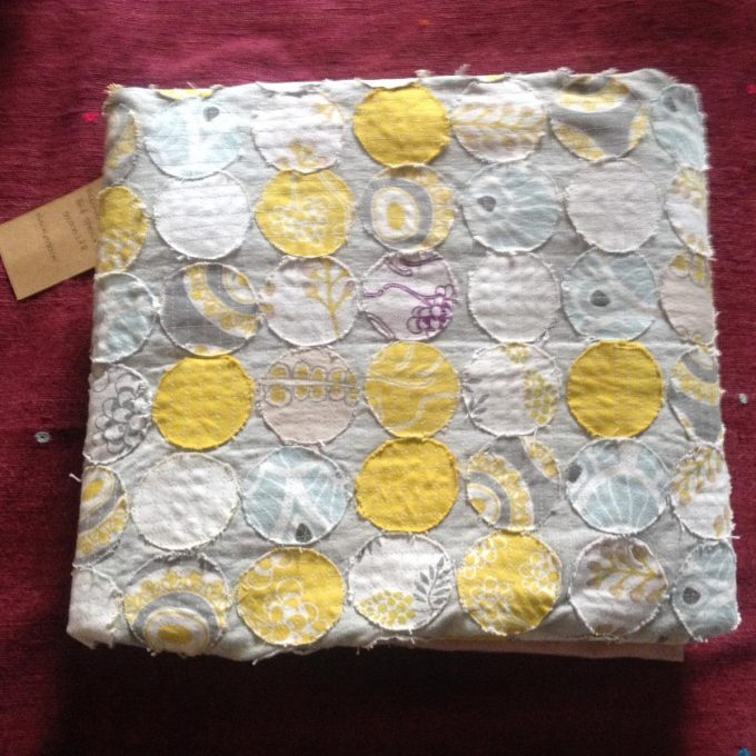 POS 0006 BDS Patchwork Circles White Yellow