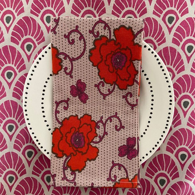 Tableware Combo Feather Fuchsia Red Russian Flower