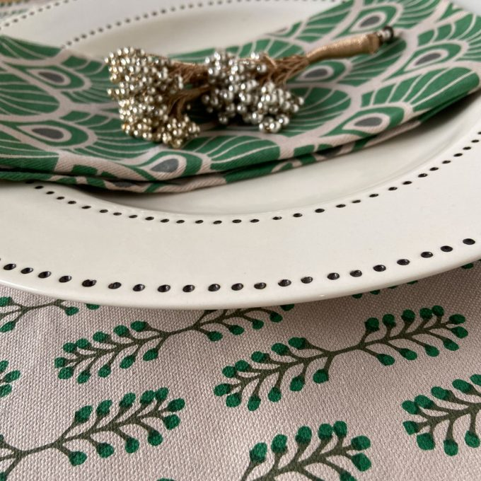 Tableware Combo Placemat Small Stem Juniper Napkin Feather