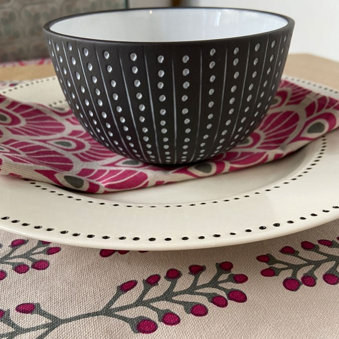 Tableware Combo Placemat Stem Fuchsia Red 2