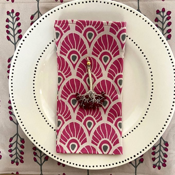 Tableware Combo Stem Feather Fuchsia Red