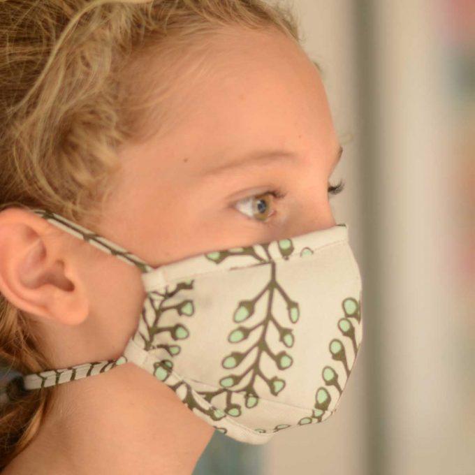 Tallentire House Face Mask Stem Vetiver Side