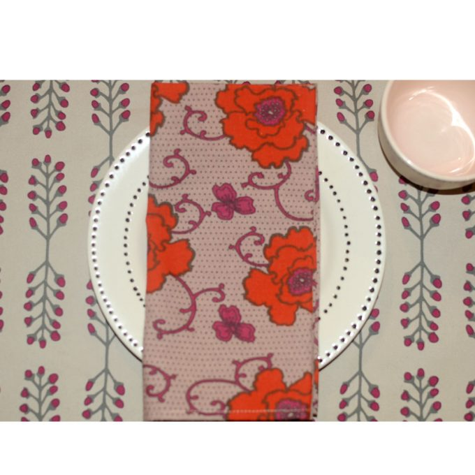 Tallentire House Side Plate on Stem Placemat Fuchsia Red